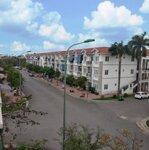 Bán căn tầng 3 diện tích 45m2, ban công hướng nam. liên hệ: 0796773883