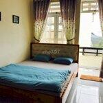 Cho thuê căn hộ 2 phòng ngủ căn góc