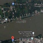 Bán biệt thự bên bờ sông tiền