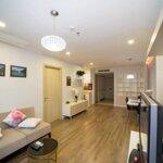 Cho thuê căn hộ 2 pn đủ đồ giá bán 12 triệu/th tại cc goldseason 47 nguyễn tuân. liên hệ: 0936.530.388