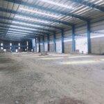 Cho thuê kho sản xuất 800m2 khu công nghiệp hòa khánh cổng cửa riêng biệt