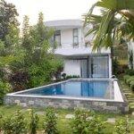 Bán căn biệt thự chính mặt hồ dự án ivory villas (lâm sơn resort) giá rẻ cắt lỗ