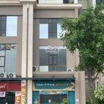 Cho thuê shophouse khối đế thương mại thông tầng chung cư 885 tam trinh kinh doanh tốt 098164969