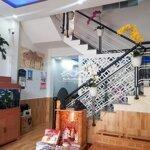 Nhà 2 tầng mới full nội thất xin sò cho vc trẻ