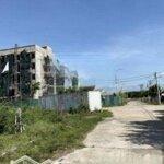 Bán đất đường trường chinh kề bệnh viện hồng hà, đối lưng đường 1b liên hệ: 0979.912.516.