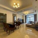 Cho thuê căn 07 tòa r1 chung cư roya, 2 phòng ngủ sáng,diện tích115m2, ban công đông nam liên hệ: 0909.69.8386