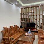 Cho thuê nguyên căn nhà 3 lầu, mặt đường cách mạng tháng tám, giá cực sốc, liên hệ: 0901727251