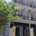 Nhàmặt tiềnhẻm 6m, 3 tầng, 4 phòng ngủ1185 lê văn lương,pk,nb