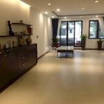 Cho thuê căn nhà phố hơn 100m , nhà phố 4 tầng , đầy đủ nội thất đẹp . liên hệ:0979711768(dung)