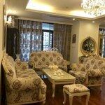 Chính chủ cho thuê căn hộ 180m 4 phòng ngủfull đủ đồ tân cổ điển tại royal city giá mùa dịch 0582420262