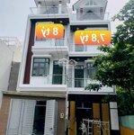 Bán 2 căn nhà 1 trệt 3 lầu hẻm 12 đường trương văn thành quận 9 hướng tây bắc liên hệ: 0966190484