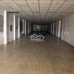 Nhà nguyên cănmặt tiềnđuongg linh trung diện tích: 250 m2