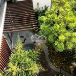 Villa sân vườn, 200m2, 3 pn, mặt tiền thanh sơn