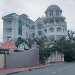 Chính chủ gửi bán dinh thự phường an phú, quận 2, liên hệ: 0903 986 135
