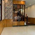 Cho thuê nhà 3 tầng 2 mặt tiền hồ tùng mậu & lê va