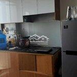 Chính chủ cần tiền nên bán căn hộ 51mcăn góc.