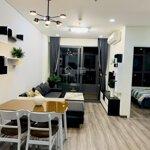 Cho thuê căn hộ monarchy tầng 32 mới , 3 phòng ngủ giá chỉ 20 triệu /tháng đã bao gồm phí quản lý