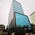 Tòa nhà hạng a+, hai mặt phố cổ hoàn kiếm - độc nhất thủ đô: 3551m2 26 tầngmặt tiền60m. giá bán 4650 tỷ