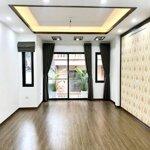 Cần bán căn nhà đẹp phân lô nam đồng 65m2 x 5 tầng,mặt tiền6,8m, ngõ ô tô, giá bán 11 tỷ