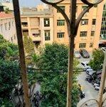 Bán gấp nhà phố Nghi Tàm Tây Hồ DT 91m 5 tầng MT 5.7m kinh doanh ô tô đỗ cửa giá 18 tỷ