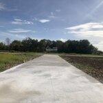 Kẹt tiền bán gấp đất nhà vườn, ao sen, đường bê tông 5m tận đất, lh trang 09335 29992