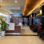 Cho thuê khách sạn mặt tiền đường biển nha trang