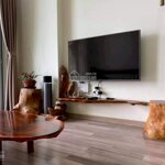 Bán căn hộ chính chủ 32 tầngthe golden an khánh, full nội thất, nhà ở sạch sẽ như mới ( tin chuẩn)