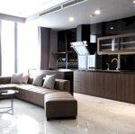 Bán nhanh căn hộ 4 phòng ngủ, view hồ tây, diện tích 146m2, sổ đỏ chính chủ, hoàn thiện đẹp