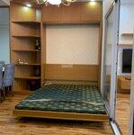 Chính chủ bán chung cư royal city 106m 3 phòng ngủđầy đủ đồ giá rẻ