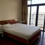 Bán gấp căn hộ royal city 109m2 2 phòng ngủ bc đông nam, giá bán 4.1 tỷ