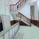 Nhà 1 trệt 2 lầumặt tiềnnguyễn ái quốc giá bán 15 triệu