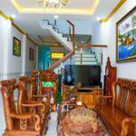 Nhà 2 lầu mặt tiền đường hồ văn cống dt 176m2 giá 2ty750 ,shr