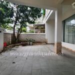 Cho thuê biệt thự phúc lộc viên. biệt thự 2 tầng, diện tích đất 150m2, diện tích sử dụng 210m2.