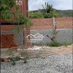Nhà và đất mặt tiền ql 1a view biển giá chỉ 2 triệu/m2