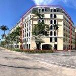 Bán khách sạn biển phú quốc, 60 pn, view biển đẹp