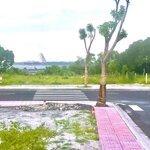 đất view đầm thuỷ triều , bãi dài sân bay cam ranh