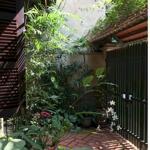 Siêu hot- siêu lợi thuận- bán căn nhà đầu ngõ- đường rộng- đẹp- ngay sát trung tâm