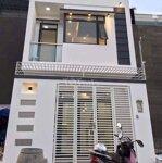 Nhà mới xây chủ bị ngộp cách chợ bình chánh 200m