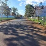 Chính chủ bán lô đất sổ đỏ 300m tại đức trọng lâm đồng liên hệ chính chủ : 0962885758