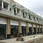 Shop kinh doanh 3 tầng vị trí đẹp tại chợ tiên lữ