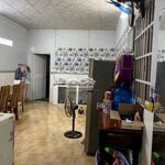 Cần bán nhà cấp 4 mới, đẹp, tặng nội thất,