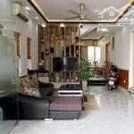 Cho thuê nhà đẹp phố văn cao 60m2 4pn giá 11 triệu/tháng.