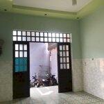 Nhà đẹp rộng rãi 3 phòng ngủgần trường học sạch sẽ
