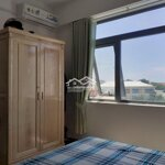 Cho thuê căn hộ sạch sẽ thoáng mát view biển