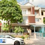 Bán 2 căn nhà liền kề jamona home resort thủ đức, 273m2 ( 13 x 21m), hướng tây bắc