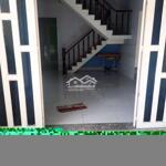 Nhà sạch sẽ, diện tích: 110m,1lau, 3 phòng ngủcổng rào,hẽm xe hơi