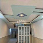 Nhà 40m2 giá rẻ,bến vân đồn,q4,csh đầy đủ
