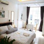 Căn hộ full nội thất có ban công giá cực ưu đai