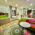 Cho thuê căn hộ rộng 45m2 bến vân đồn q4 view đẹp