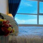 Cho thuê chung cư gold 2 phòng ngủ 2 vệ sinhview biển
